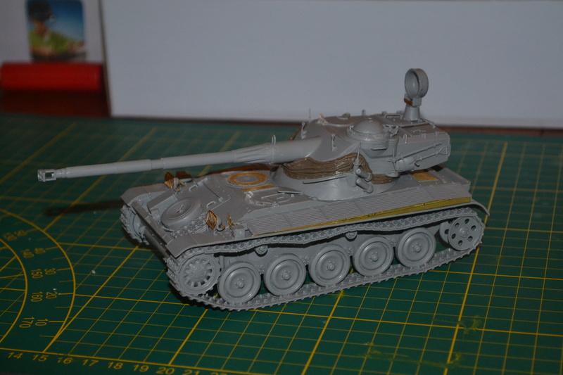 AMX 13/90 TAKOM 1/35 Dsc_0011