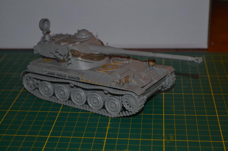 AMX 13/90 TAKOM 1/35 Dsc_0013