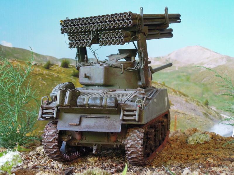 """M4A3 Sherman """"Calliope"""" [1/35° de ITALERI] rajout de photos fini et dehors Dscn9710"""