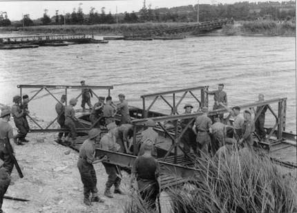 les ponts de Caen sur l'Orne à la date du 6 juin 1944 Manute10