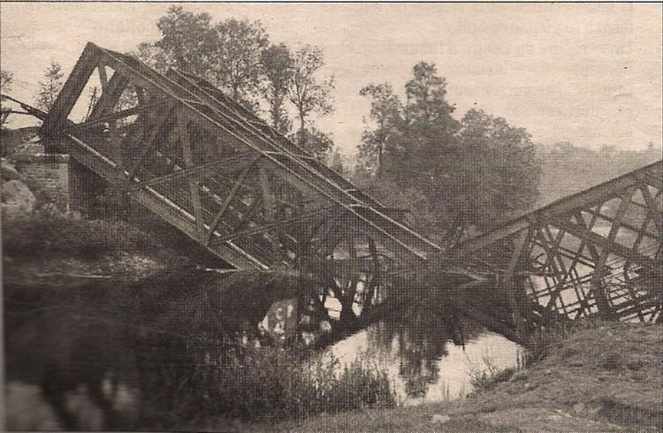 les ponts de Caen sur l'Orne à la date du 6 juin 1944 Pont-d14
