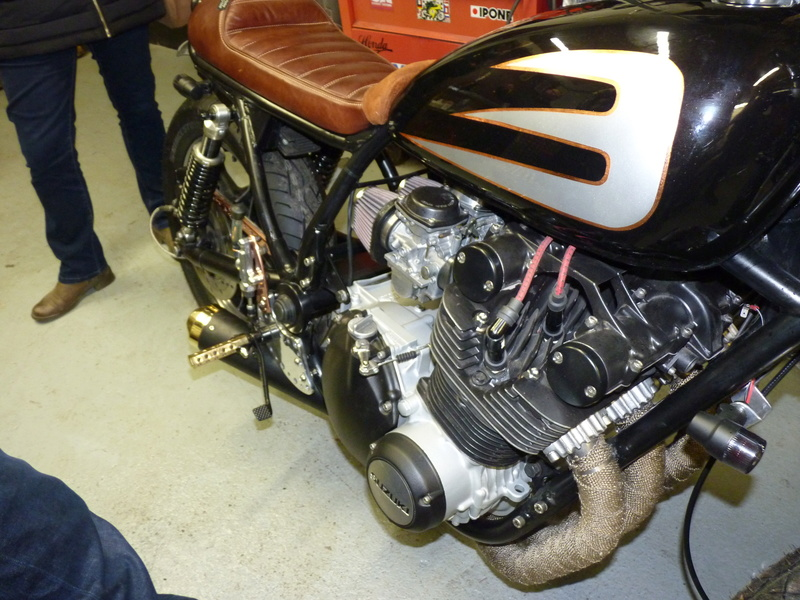 Aza project : GS 1100 G Brat Style - Page 3 P1130016