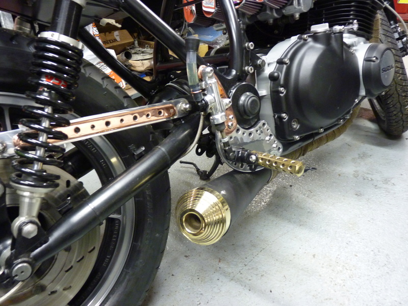 Aza project : GS 1100 G Brat Style - Page 3 P1130020