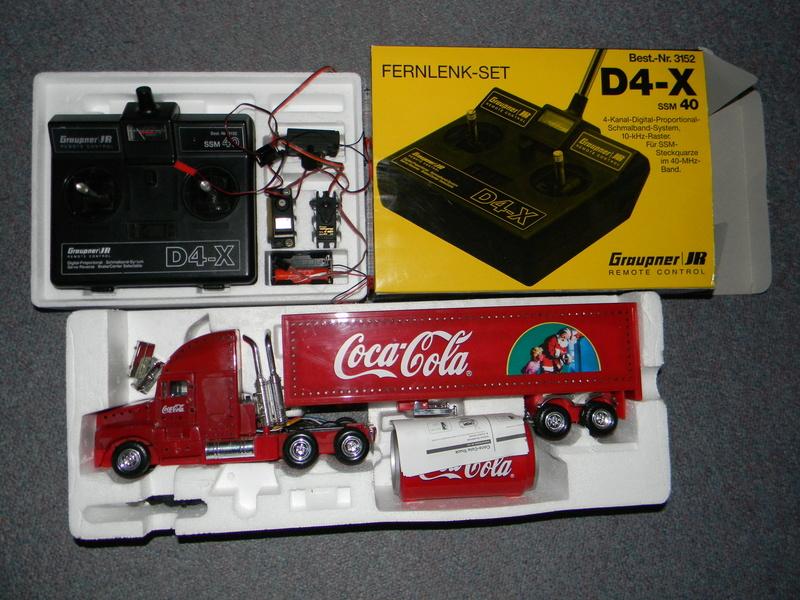 CocaCola Truck mit Graupner JR D4-X Dscn4123