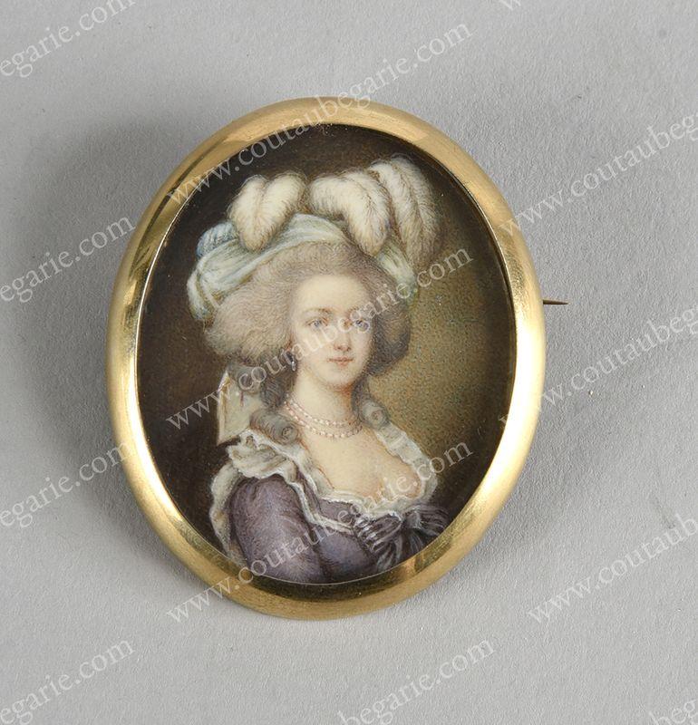 Vente de Souvenirs Historiques - aux enchères plusieurs reliques de la Reine Marie-Antoinette - Page 4 14863813