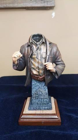 Buste terminé et premier prix ( 1/9 Model Cellar Blak Jack mineur des années 1800) 16736211