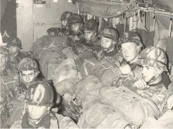 1 er Régiment Etranger de Parachutistes - Page 2 Intyri10