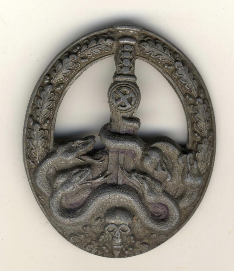 insigne anti partisans classe argent C.E. Junker Badge_11