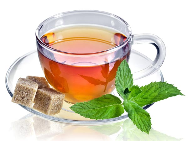 Why You Should Drink A Cup Of Green Tea Before Bed Time:  Drinking green tea before bed can yield some positively affective results. 12-14610