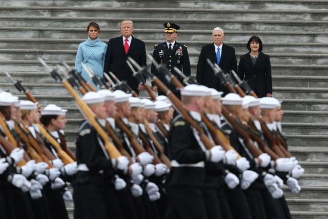 America Has Sworn In Its 45th President Donald Trump 21live10