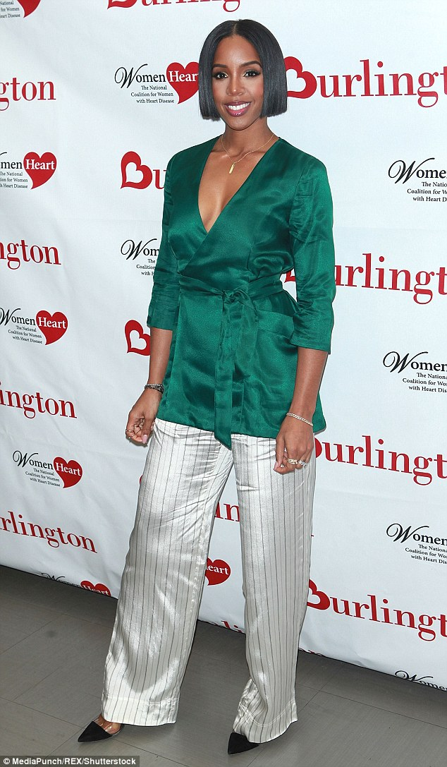 kelly rowland looking so gorgeous in green and white 3cb3ee10