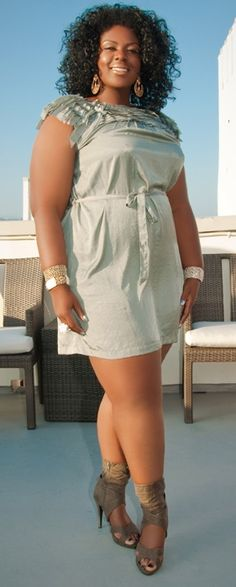 African American curvy and confident beauties show off their figure E849bc10
