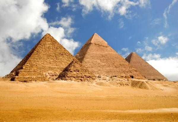 Ancient World of the Egyptian Pyramids: Why were Egyptian pyramids built, How were the Pyramids built? Ec8a7e10