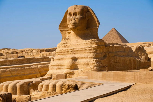 Ancient World of the Egyptian Pyramids: Why were Egyptian pyramids built, How were the Pyramids built? Giza-p10