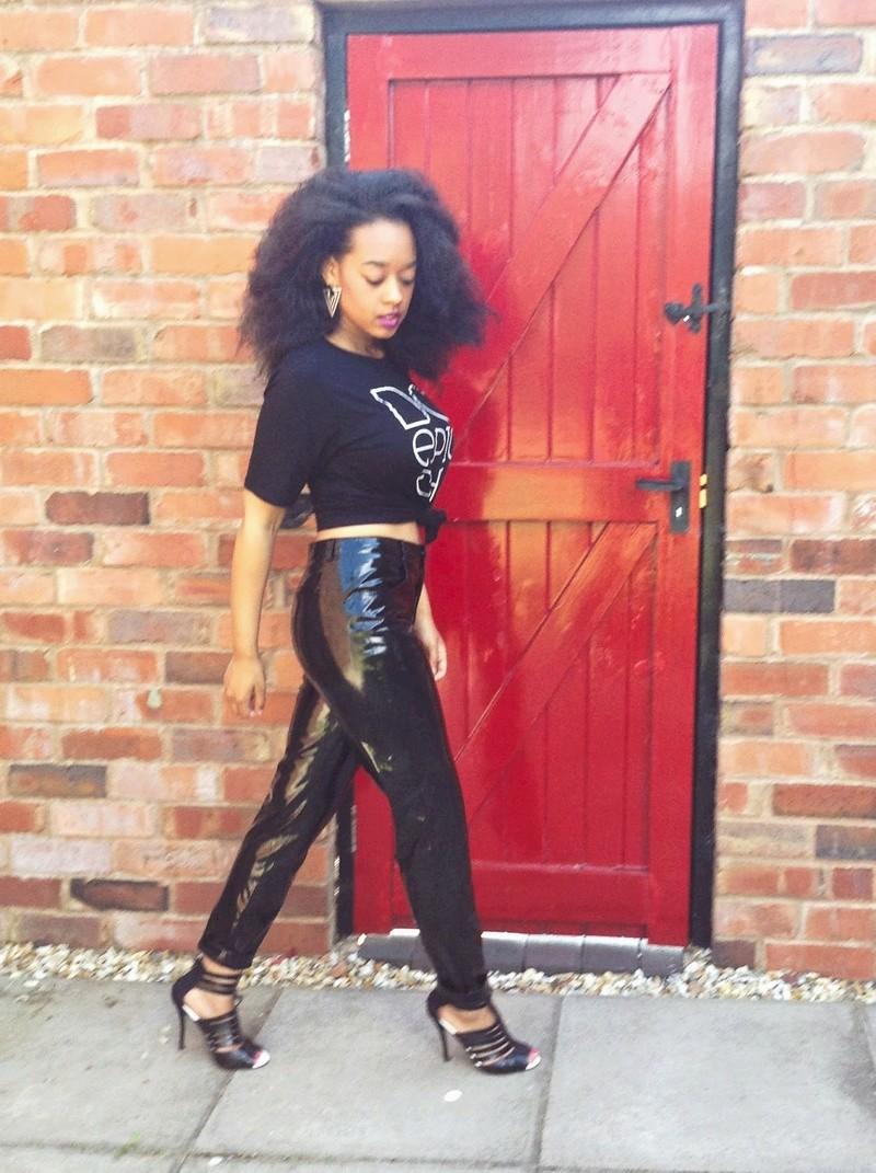 cool ways  to look  hot in leather Pvc_610