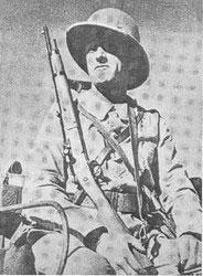 Que pensez vous de ce R35 et sa baionette ????? - Page 3 R35_ph12