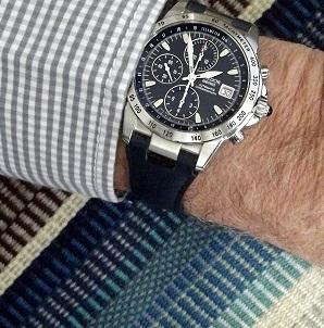 Cadran bleu -> quel bracelet cuir ? - Page 2 Dscf4910