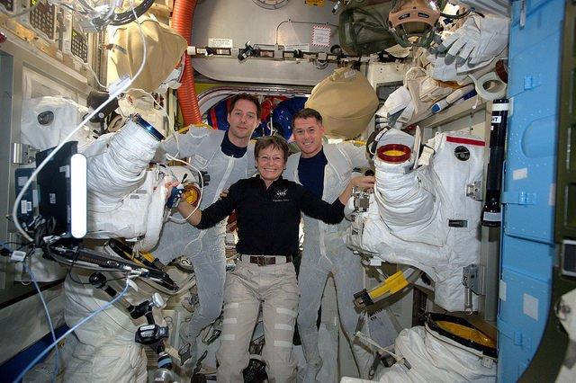 [ISS] EVA US 38 et 39, les 6 et 13 janvier 2017 - Page 2 1105
