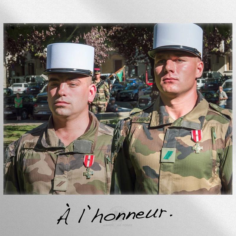 DEUX LEGIONNAIRES A L' HONNEUR 14705710