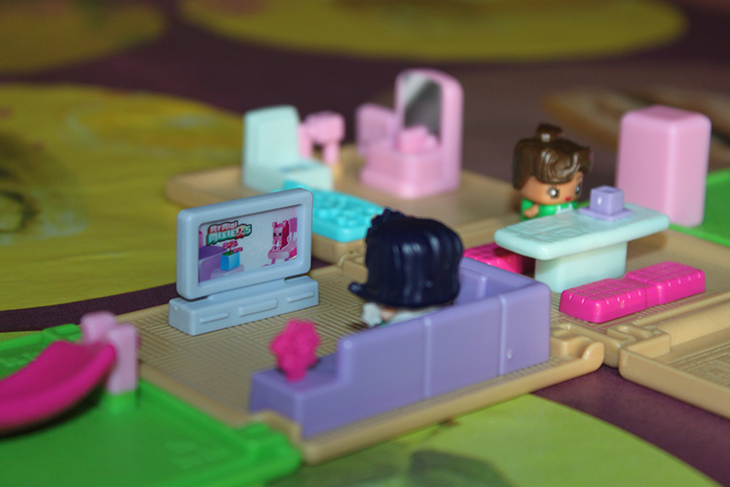 Les My Mini Mixie Q's Mattel d'Ezoha Im0410