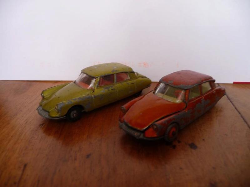 N°13 Citroën DS 21 - Page 4 P1070810