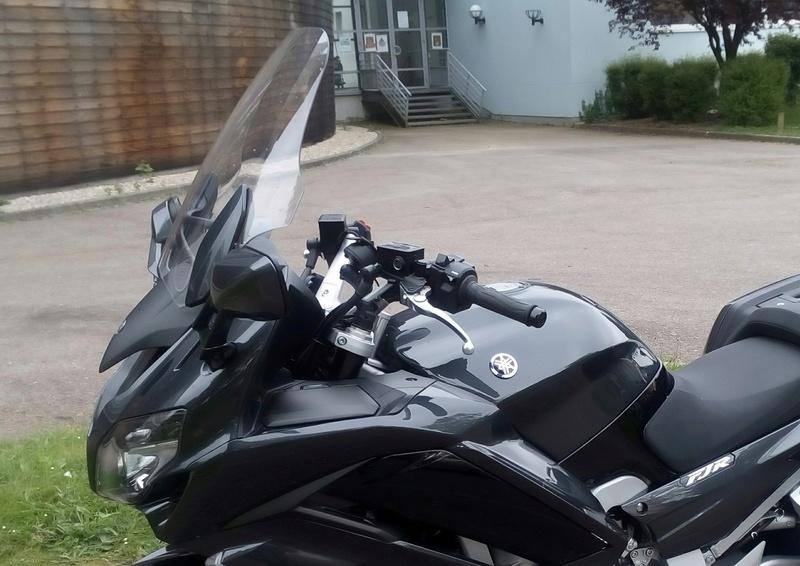 [VENDU] Yamaha FJR 1300 AE 410