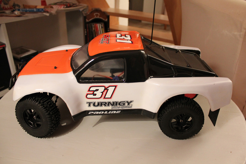 turnigy sct 2wd Img_8311