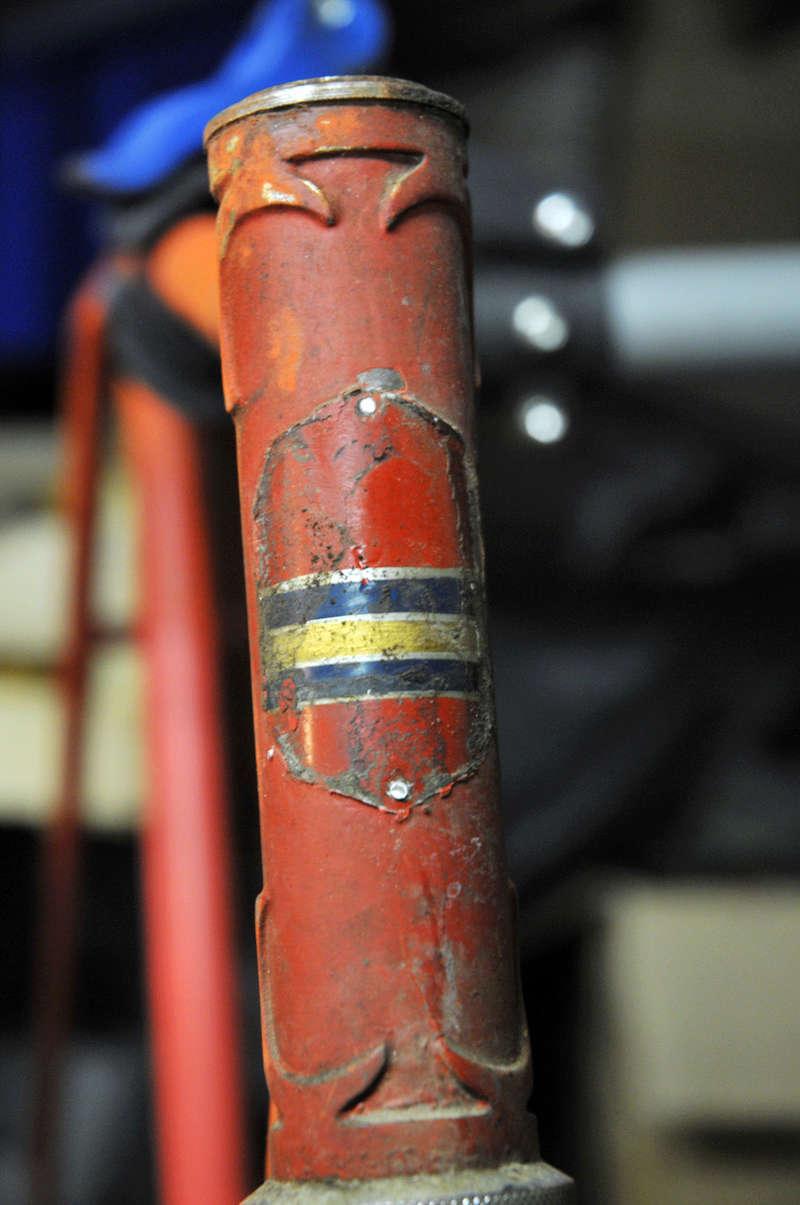 Peugeot course inconnu 1949 ou 1950 Dsc_5110