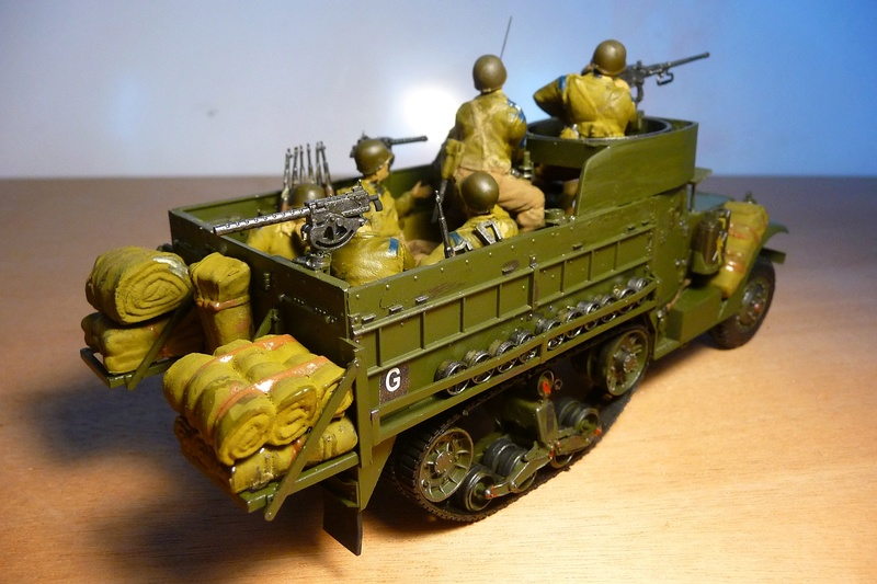 TAMIYA 1/35 -  Half TRACK  M3A2 P1070124