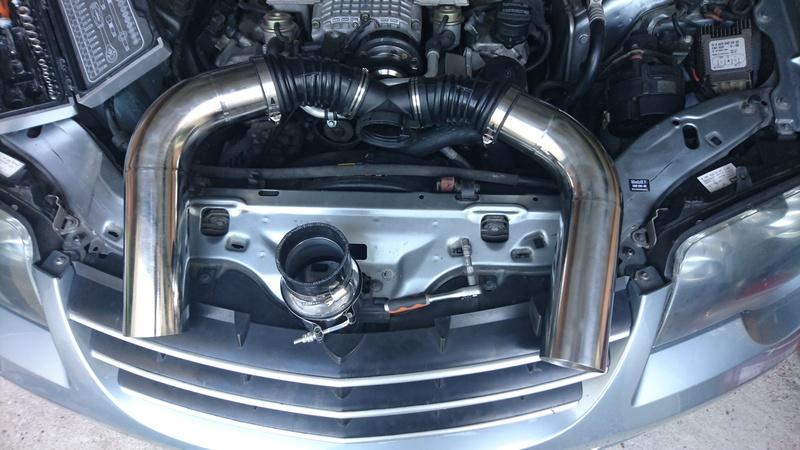 Bonjours a tous de picardie nouveau proprietaire d'une bombinette roadster srt6 - Page 3 Dsc_1310