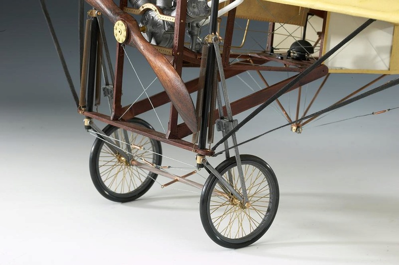 Le Blériot XI 1/10è Amati Full_110