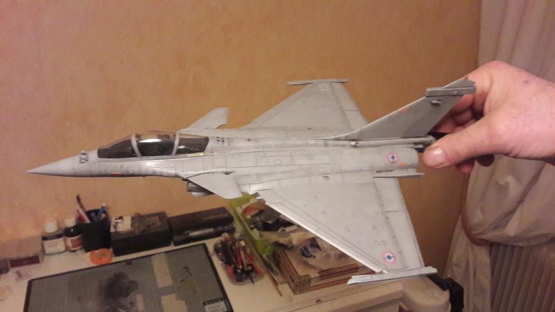 Dassault Rafale M bomb & rack 20161221