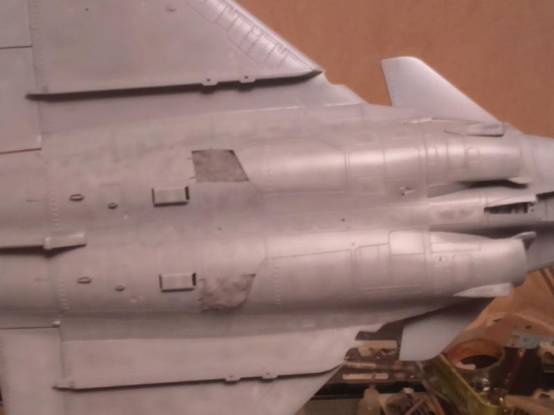 Dassault Rafale M bomb & rack Dsc_0037
