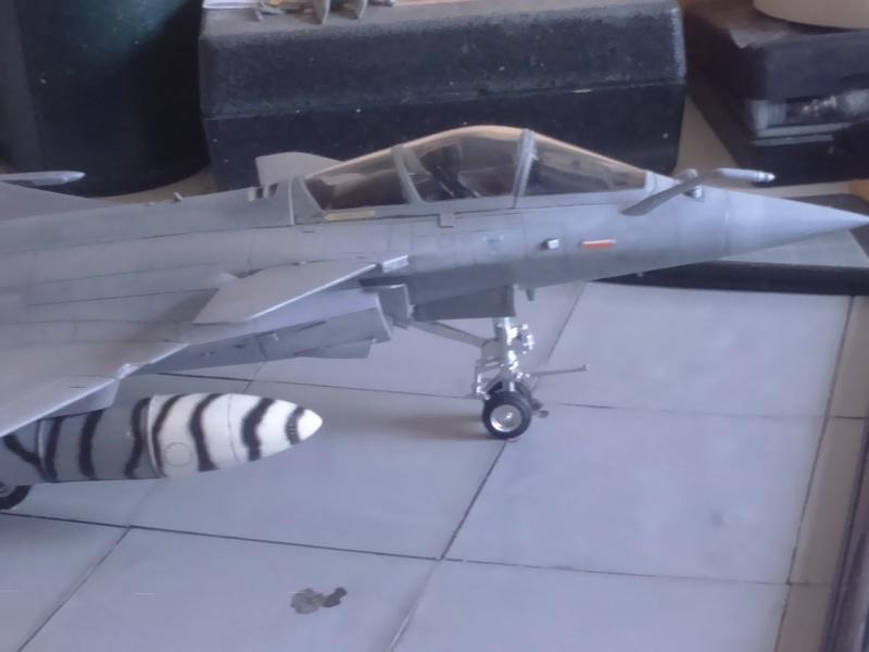 Dassault Rafale M bomb & rack Dsc_0055