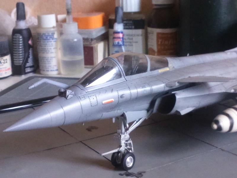 Dassault Rafale M bomb & rack Dsc_0056