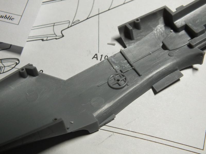 BF109E-3 Tamiya 1/48 ref:61050 avec verrière MSK et photo découpe Eduard Zoom. Dscf0534