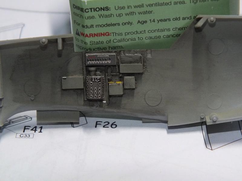 BF109E-3 Tamiya 1/48 ref:61050 avec verrière MSK et photo découpe Eduard Zoom. Dscf0539