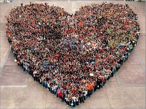 Pour la venue de l'Amour dans le monde, rendez-vous tous les dimanches soir 20 heures.  - Page 17 Unis_d10