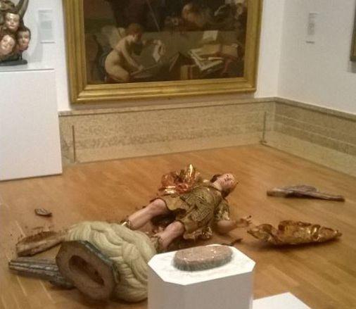 Selfies dans les musées ? L'horreur !  Lisbon12