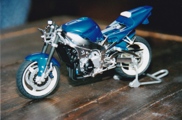 Maquettes des années 80' et 90' - Motos Yamaha15