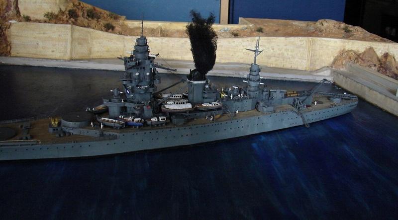 [1/400] diorama cuirassé Dunkerque à Mers El-Kébir 1940. - Page 6 Dsc00415