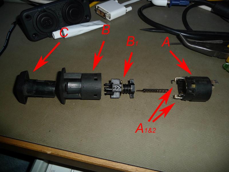 Circuit électrique lampe et connecteur 1300L  Image410