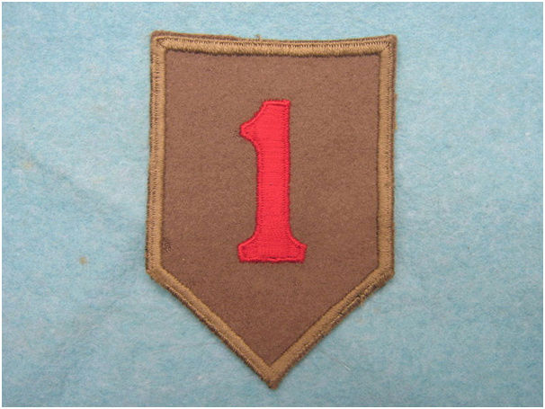 The 1 st Division - US Army  Felt_110