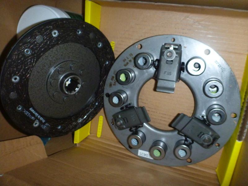 Changement de l'embrayage D25.2 F2L812 P1080919