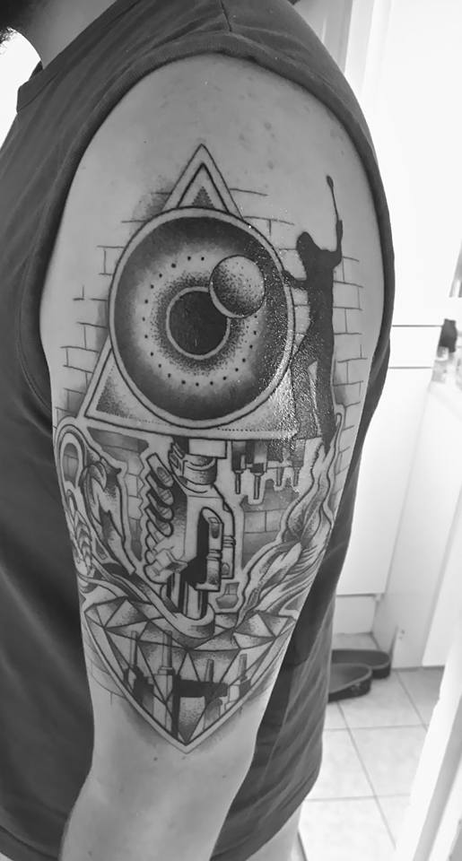 tatouage - Page 4 15171110