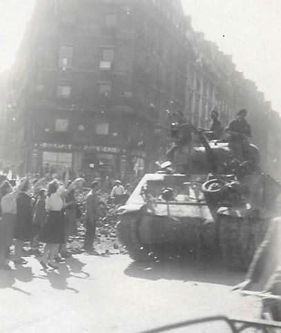 Quelques photos amateur de la libération de Paris Photos19