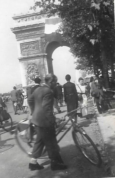 Quelques photos amateur de la libération de Paris Photos27