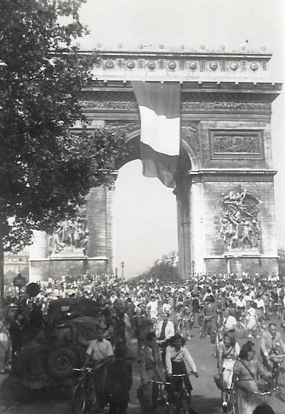 Quelques photos amateur de la libération de Paris Photos29