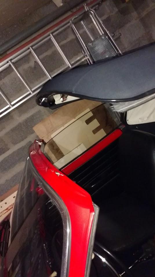 Problème de réglage capote KG cabriolet 1967 Img_2010
