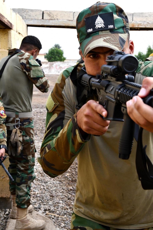Iraq Emergency Response Brigade 1000w_13